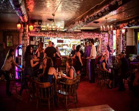 The 10 Best Bars in New Mexico!