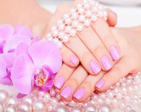 The 10 Best Nail Salons in Maine!