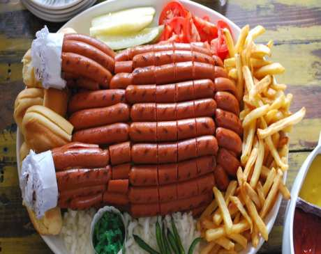 The 10 Best Hot Dog Joints in Nevada!