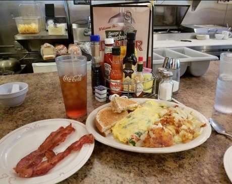 The 10 Best Omelets in Ohio!