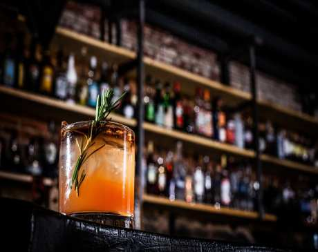 The 10 Best Cocktail Bars in Maine!