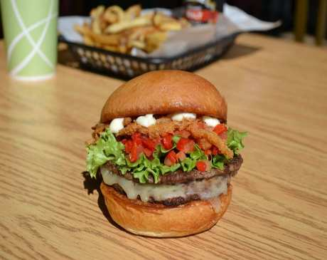 The 10 Best Burgers in Ohio!