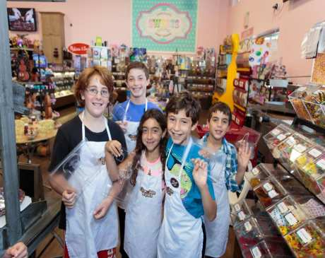 The 10 Best Candy Shops in Connecticut!