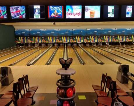 The 10 Best Bowling Alleys in Wisconsin!