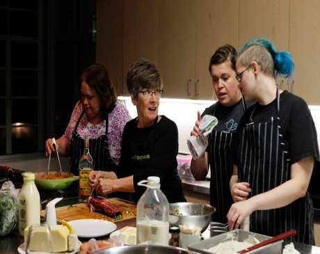 The 10 Best Cooking Classes in Iowa!