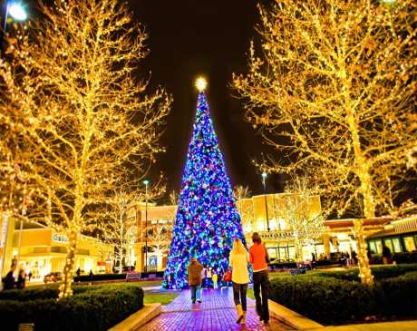 The 15 Best Holiday Shopping Destinations in Ohio!