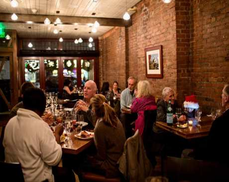 The 10 Best Wine Bars in Connecticut!