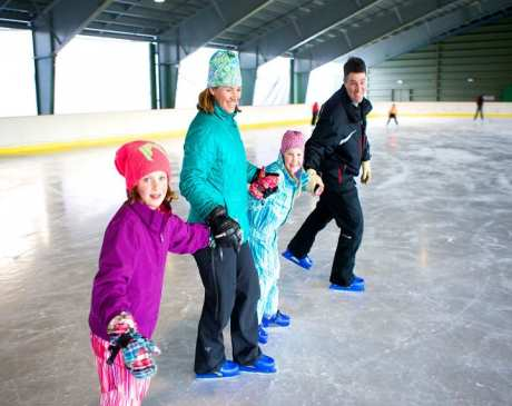 The 10 Best Ice Skating Rinks in Vermont!