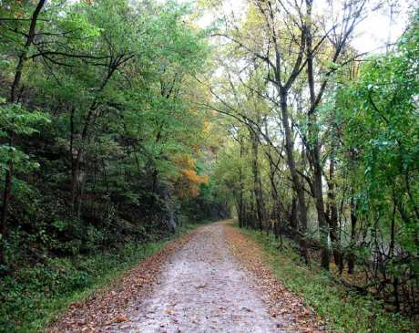 The 10 Best Hiking Trails in Missouri!
