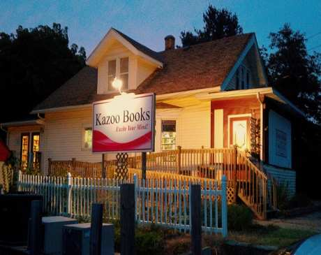 The 10 Best Bookstores in Michigan!