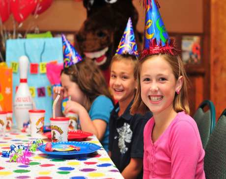 The 10 Best Places for a Kid's Birthday Party in Wisconsin!