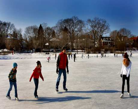 The 10 Best Ice Skating Rinks in Minnesota!