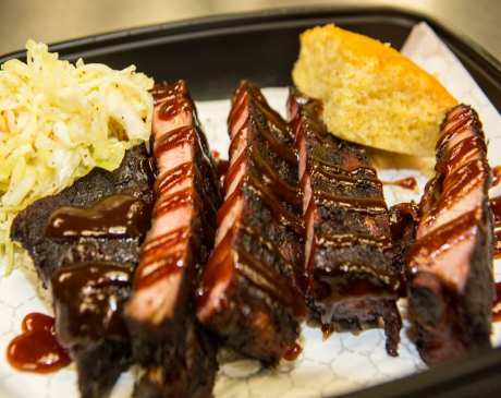 The 10 Best BBQ Joints in Wisconsin!