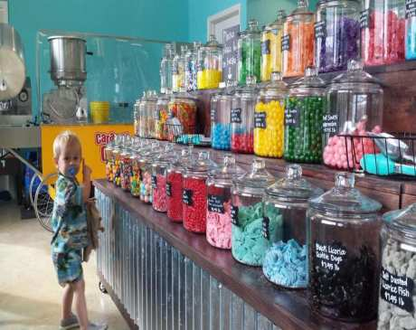 The 10 Best Candy Shops in Mississippi!