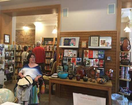The 10 Best Bookstores in Indiana!
