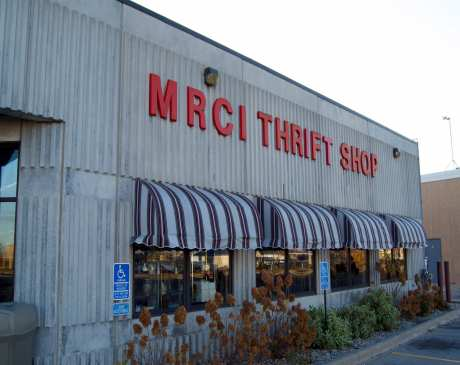The 10 Best Thrift Shops in Minnesota!