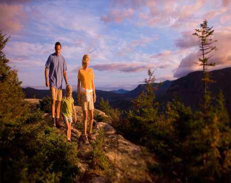 The 6 Best Hotels and Resorts for Families in New Hampshire!