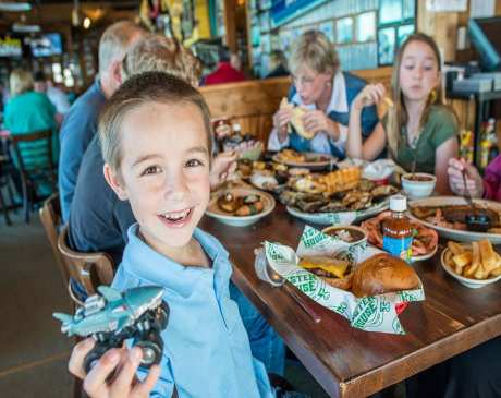 The 10 Best Lunch Spots in Alabama!