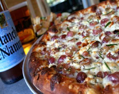 Best Pizza in West Virginia: Our 10 Favorites!