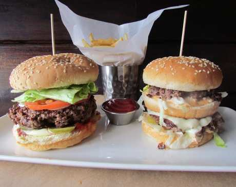 The 10 Best Burgers in Connecticut!