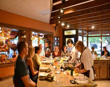 The 10 Best Cooking Classes in South Carolina!