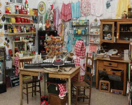 The 10 Best Antique Stores in New Mexico!
