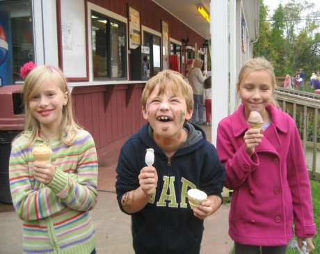 The 10 Best Ice Cream Parlors in Connecticut!