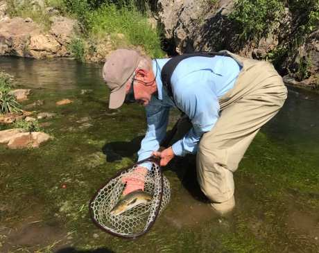 The 7 Best Fly Fishing Spots in South Dakota!