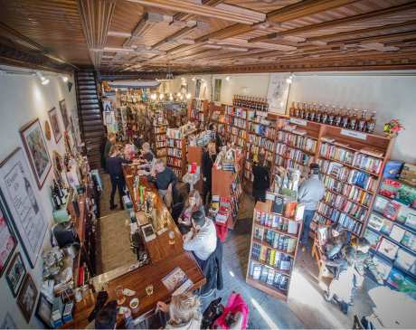 The 10 Best Bookstores in New York!