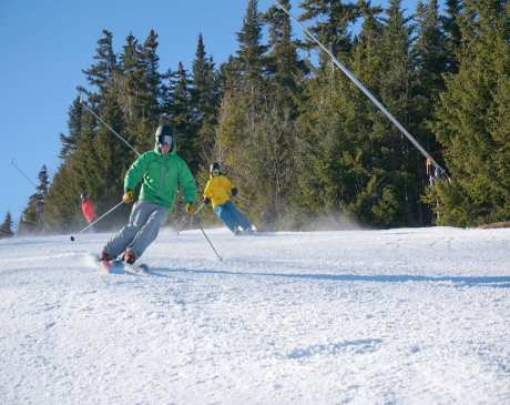 10 Best Skiing Spots in Maine!