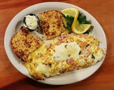 The 10 Best Omelets in New Hampshire!