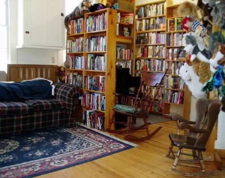 The 10 Best Bookstores in Iowa!