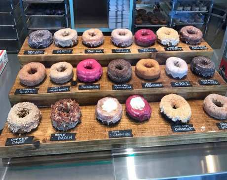 The 10 Best Doughnut Shops in Maine!