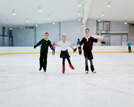 The 10 Best Ice Skating Rinks in New Hampshire!