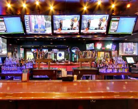 The 10 Best Sports Bars in Ohio!