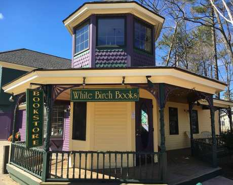 The 10 Best Bookstores in New Hampshire!