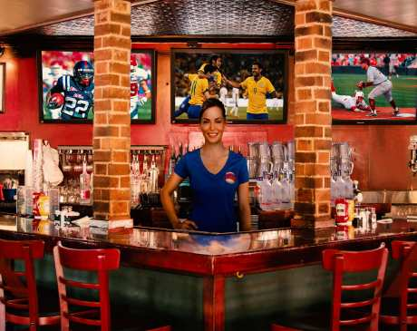 The 10 Best Sports Bars in Arizona!