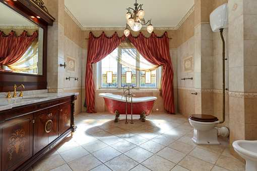 10 Fabulously Expensive Homes in Alabama!