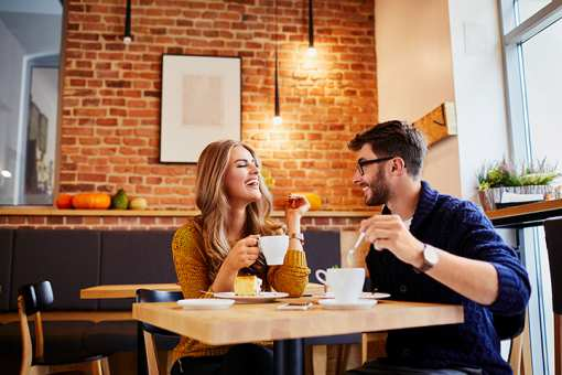 The 9 Best First Date Locations in Arkansas!