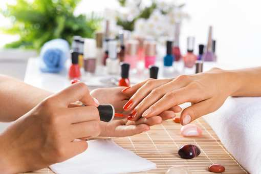 The 10 Best Nail Salons in Arizona!
