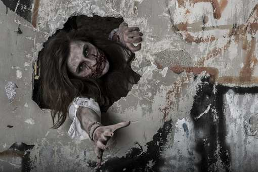 The Best Haunted Attractions in California!