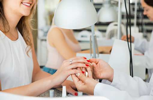 The 10 Best Nail Salons in California!
