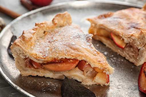 The 10 Best Shops for Apple Pie in Connecticut!