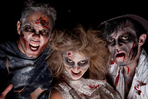 The 8 Best Haunted Attractions in Connecticut!