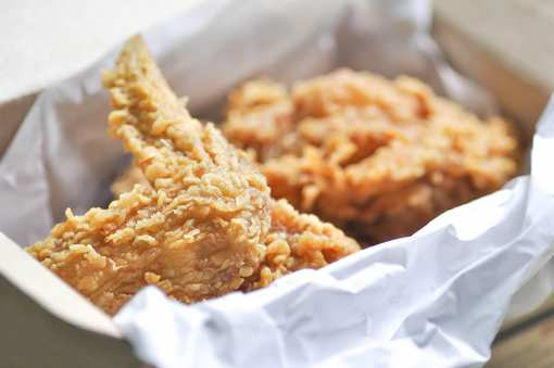 The 10 Best Places for Fried Chicken in Illinois!