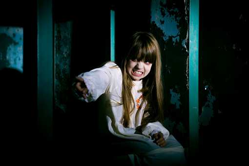 The 10 Best Haunted Attractions in Illinois!