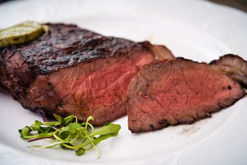 The 10 Best Steakhouses in Illinois!