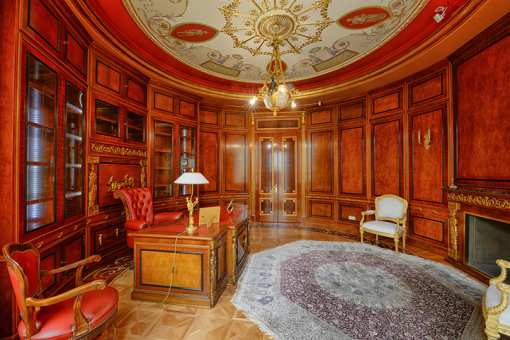 10 Fabulously Expensive Homes in Indiana!