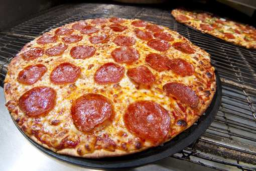 The 10 Best Pizza Restaurants in Indiana!