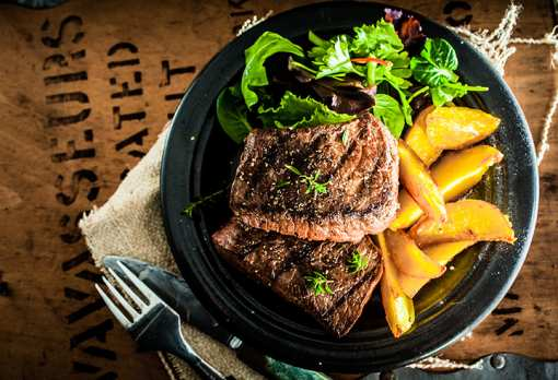 The 10 Best Steakhouses in Indiana!